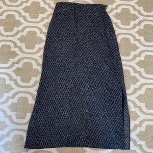 ✴️4/$15 BR 4 silk maxi skirt